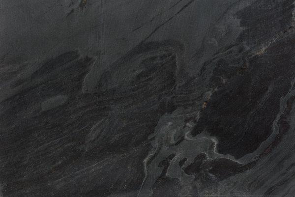 Titanio-sandblasted-geborsteld